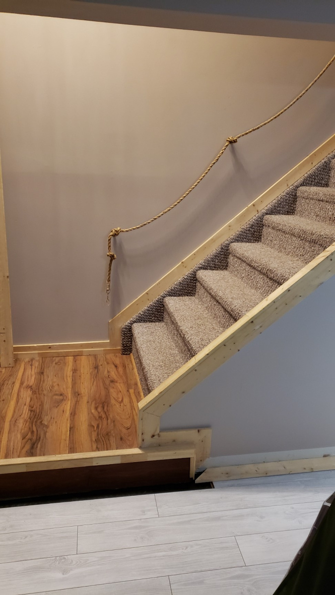 Stairs and Landing & Water Heaters-attach0_01.jpg