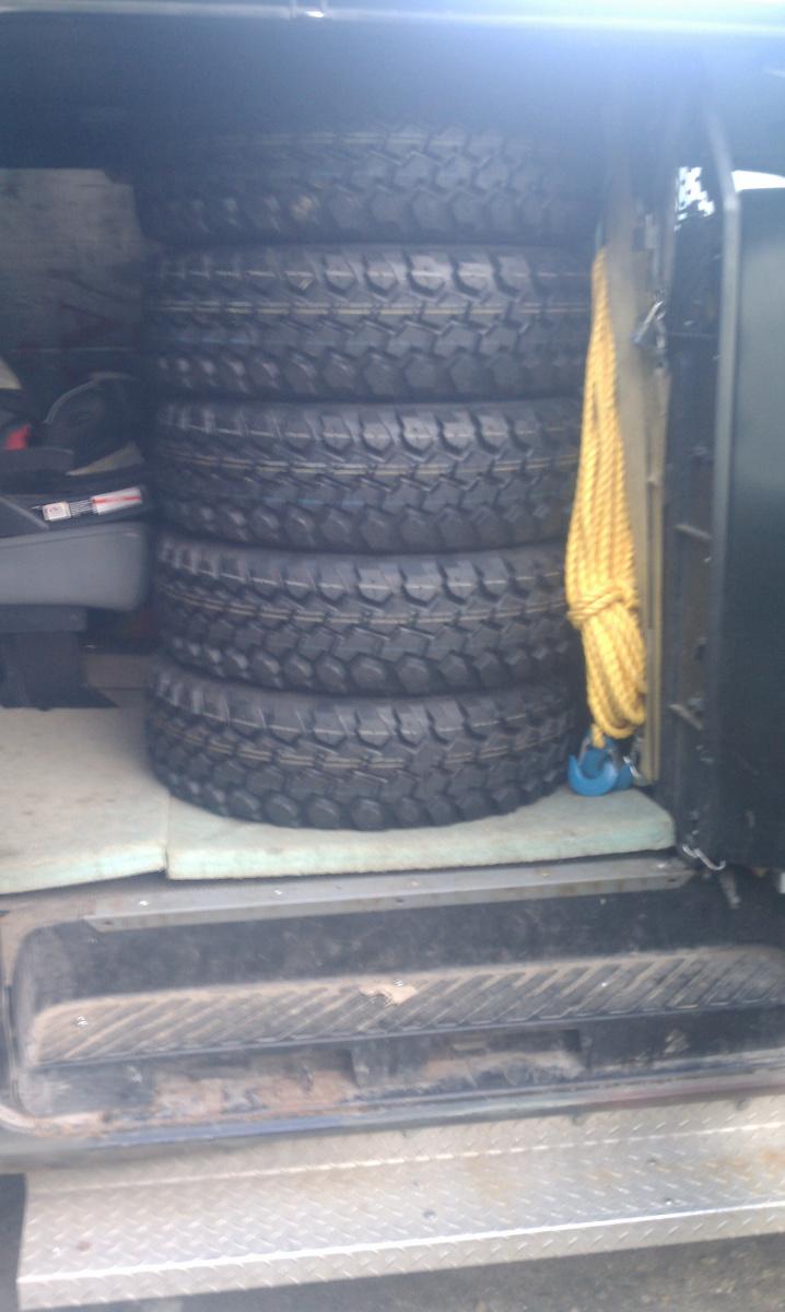 Looking at work truck-imag1031.jpg