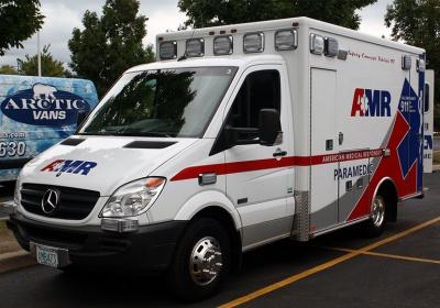 X-Ambulance work truck-screen-shot-2015-08-22-1.31.09-am.jpg