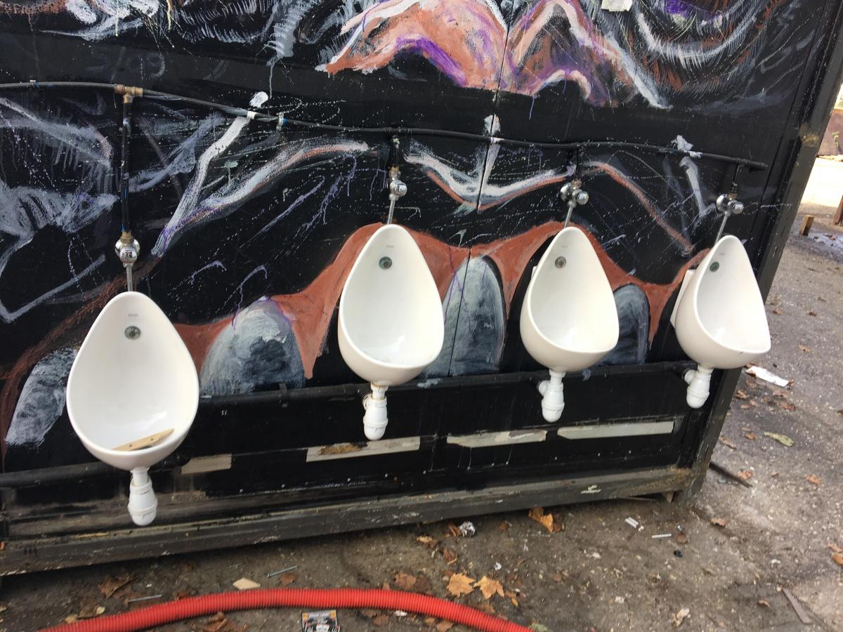 Vintage porcelain-urinal-5.jpg